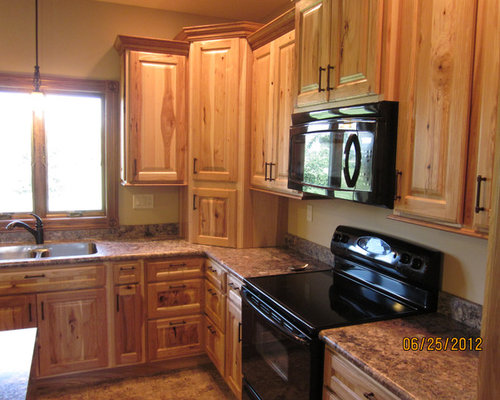 wood for kitchen cabinets rustic hickory cabinets home design ideas pictures 1581