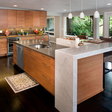 Contemporary Kitchen by Strite design + remodel