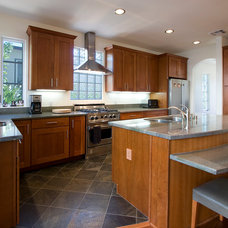 Traditional Kitchen by Ambience Photography