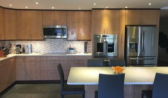 Birdseye Maple Transitional Kitchen