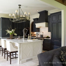 Traditional Kitchen by Sarah Jernigan Designs, Inc.