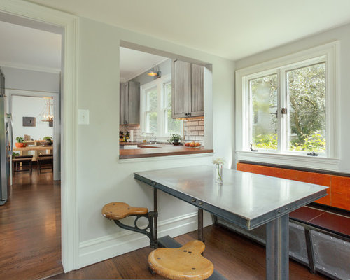 Delicieux Inspiration For An Industrial U Shaped Enclosed Kitchen Remodel In Detroit  With Recessed Panel