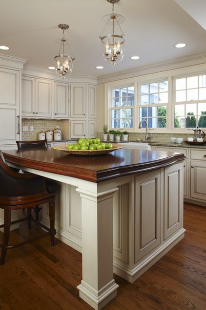 Traditional Kitchen by MainStreet Design Build