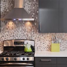Contemporary Kitchen by Laurysen Kitchens Ltd.