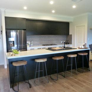 Cucina con pavimento in laminato Adelaide - Foto e Idee per ...