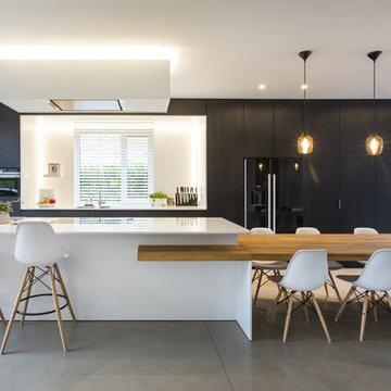 Black & White Minimalistic Kitchen