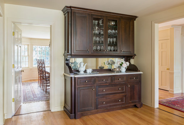 Traditional Kitchen by Kate Roos Design LLC