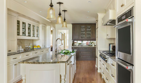 Kitchen of the Week: Creamy Cabinets and Elegant Farmhouse Style