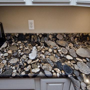 Black Mosaic Gold Granite/ Marinace Granite Kitchen