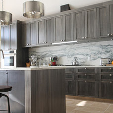 Contemporary Kitchen by T2THES DESIGN + BUILD