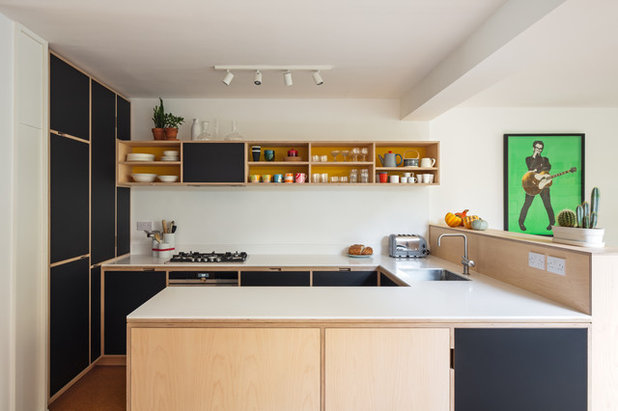 Midcentury Kitchen by Uncommon Projects Ltd