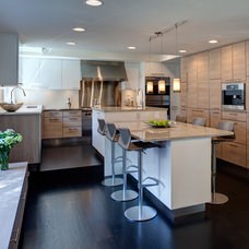 Contemporary Kitchen by Gina Bon, Airoom Architects & Builders LLC
