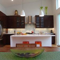 Contemporary Kitchen by Steve Zagorski, Architect