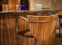 Would you please provide the bar stool manufacturer?