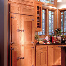 Traditional Kitchen by Heritage Builders, Inc