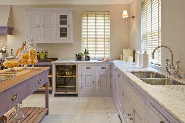 Traditional Kitchen by Coppice Guild