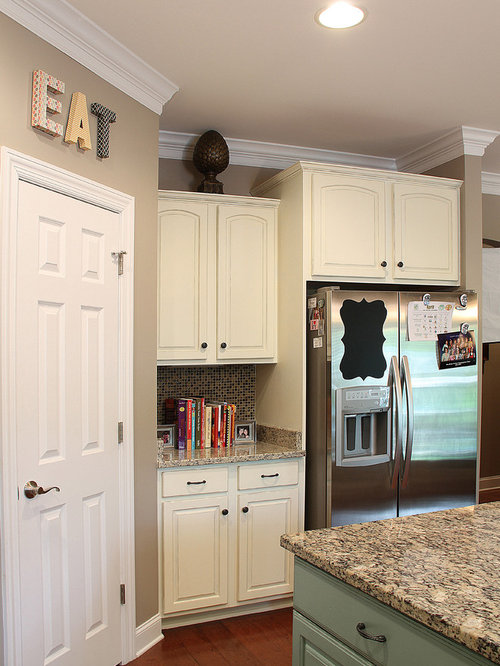 Annie sloan painted cabinets ideas pictures remodel and for Antiquing kitchen cabinets with chalk paint