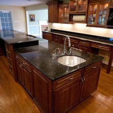 Contemporary Kitchen by Granite Grannies