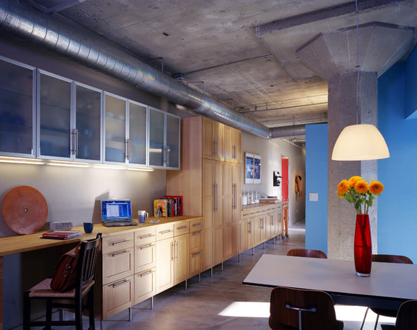 Industrial Kitchen by Paul Welschmeyer ARCHITECTS & energy consultants