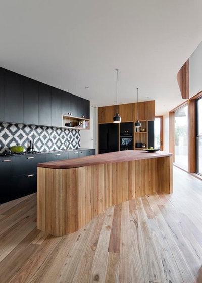 Современный Кухня by Auhaus Architecture