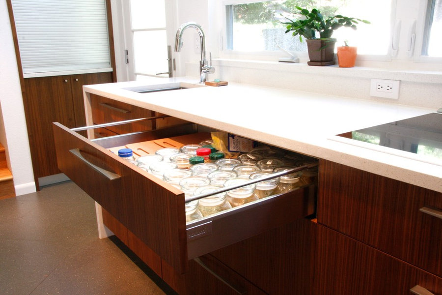 Blum Intivo drawer hardware