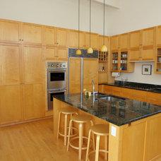 Contemporary Kitchen by Boardwalk Builders