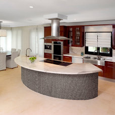 Transitional Kitchen by Decor Dose LLC