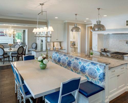 Huge Beach Style Eat In Kitchen Designs   Example Of A Huge Coastal U