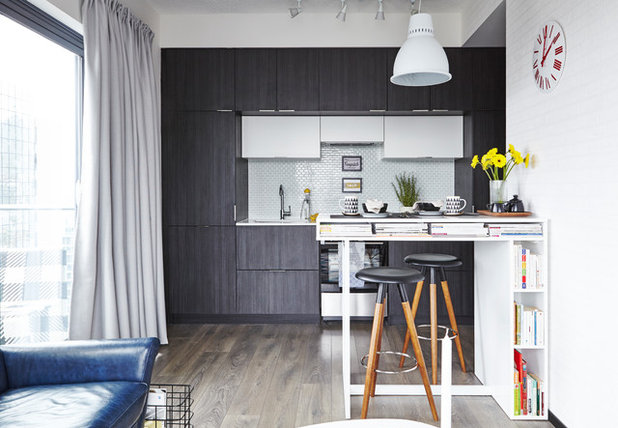 Contemporary Kitchen by MAISON INTERIORS