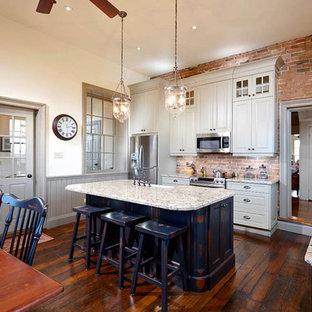 Bond Head Farm style Kitchen