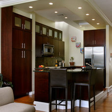Contemporary Kitchen by Linda Merrill