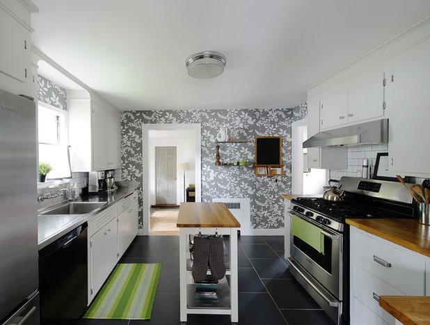 Классический Кухня by Liz Miller Interiors