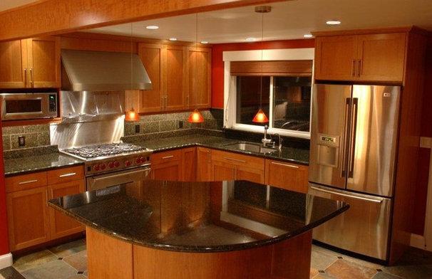Modern Kitchen by Lisa Wilson