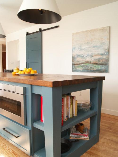 Mid Sized Open Plan Kitchen Design Ideas Renovations Photos