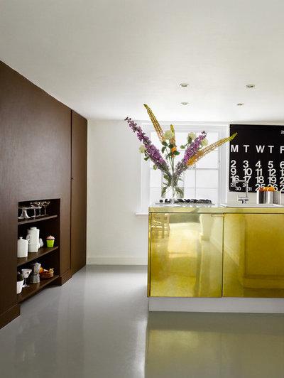 Contemporary Kök by Dominic McKenzie Architects