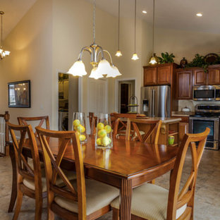 Kitchen ideas - Inspiration for a kitchen remodel in Cleveland