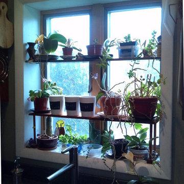 Box bay kitchen garden window