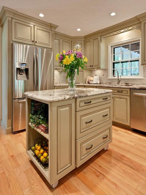 Chocolate Glaze Kitchen Cabinets   Houzz