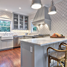 Traditional Kitchen by Avenue B Development