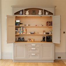 Traditional Kitchen by Anthony Edwards Kitchens
