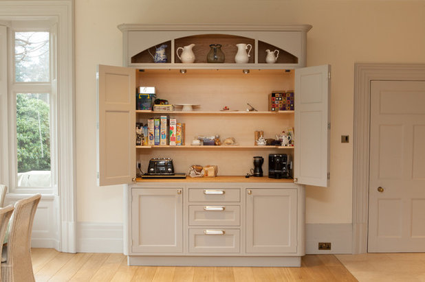 Traditional Kitchen by Anthony Edwards Kitchens