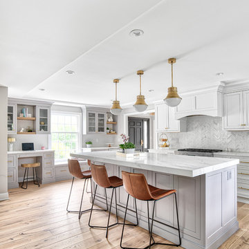 Brass Accents Brighten Up this Classic Kitchen Space