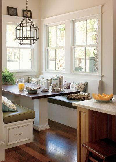 Traditional Kitchen by Jackson Cabinetry LLC