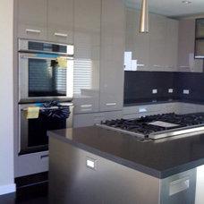 Modern Kitchen by Natalie Epstein Design