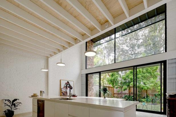 Contemporary Kitchen by Kreis Grennan Architecture