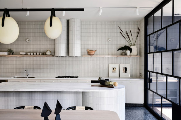 Industrial Kitchen by Brickworks Building Products