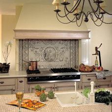 Traditional Kitchen by Diane Bennett Bedford