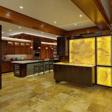 Modern Kitchen by Peninsula Architects