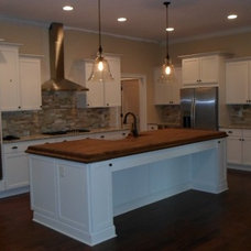 Traditional Kitchen by Spiceland Wood Products
