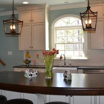 Bright & Beautiful Kitchen
